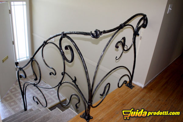 Ringhiere in ferro battuto - Ringhiere in ferro battuto per balconi esterni ...