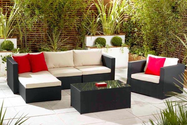Divani da giardino for Divani per esterno offerte