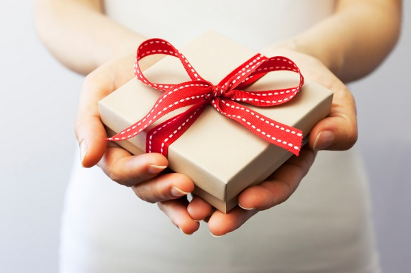 Idee regalo originali per lei