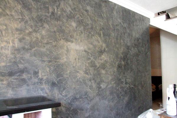 Come applicare lo stucco veneziano alle pareti di casa - Imbiancatura camera da letto ...